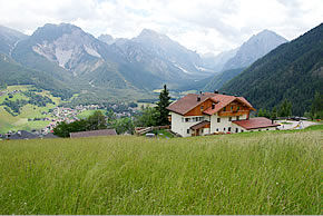 Walk from La Para in South Tyrol