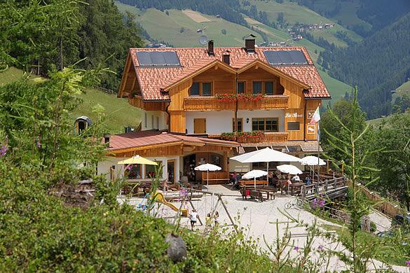 alpine hotel la para san vigilio di marebbe